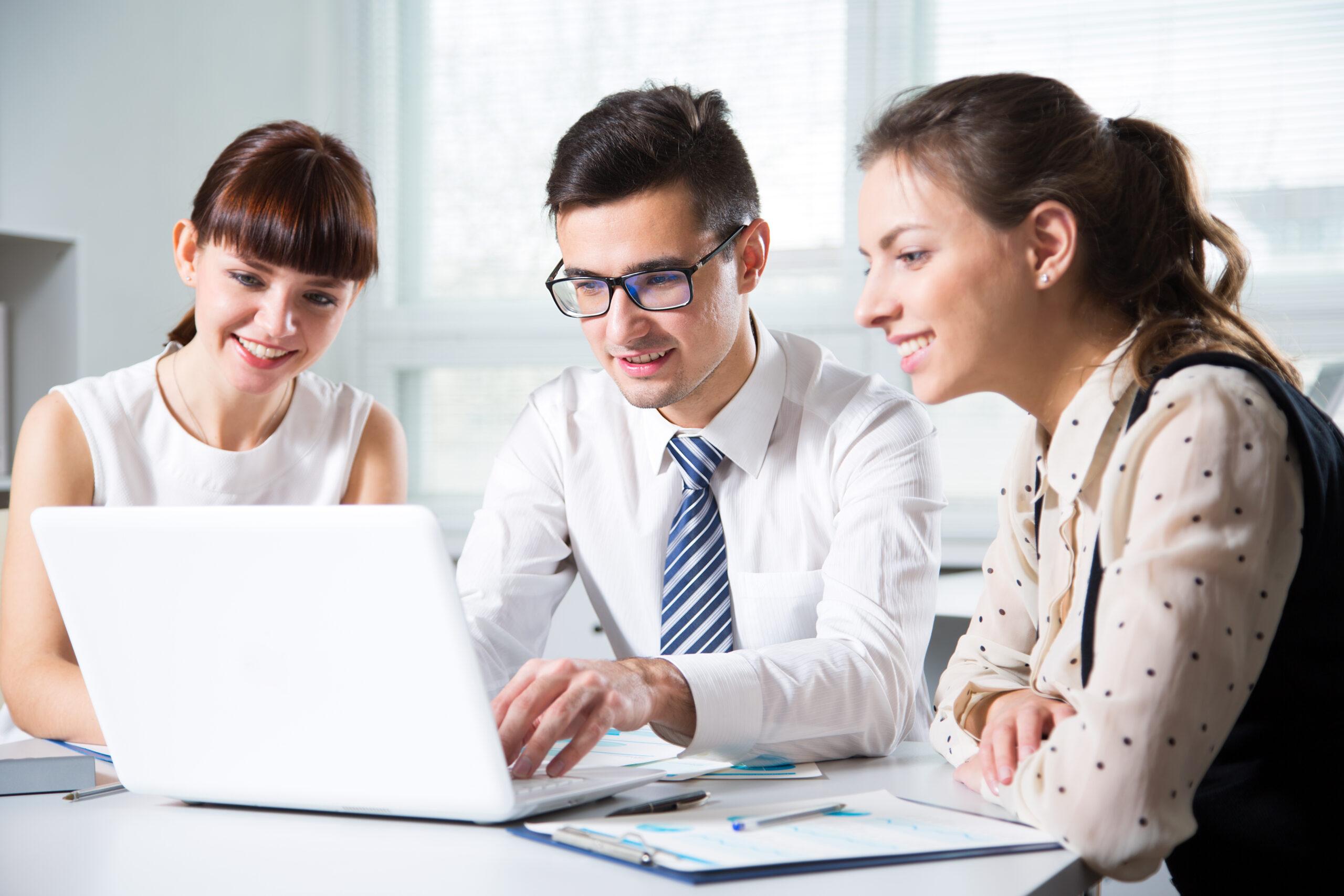 Právníci v kanceláři - Evolio, Advokátní software